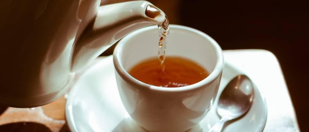 Bere tè verde contro l'ipertensione - Caffè Borbone..
