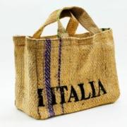 sacchi-di-juta-diventano-shopper_Caffe-Borbone_Napoli_2